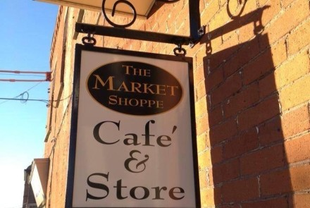 Market Shoppe Sign