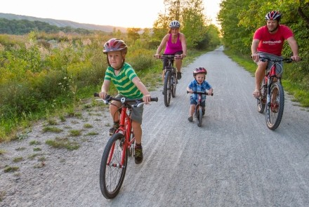 Family Cycling on the Georgian Trail